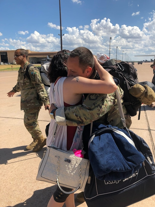 Dyess Airmen return from deployment