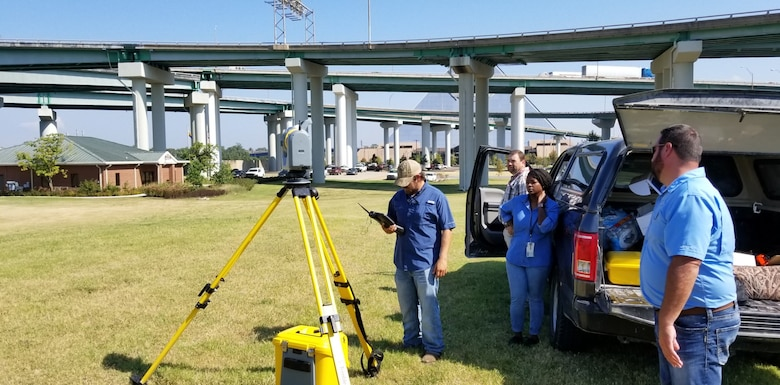 "The SX-10 Scanning Total Station uses LiDAR to create a ""point cloud"" of a scanned object."