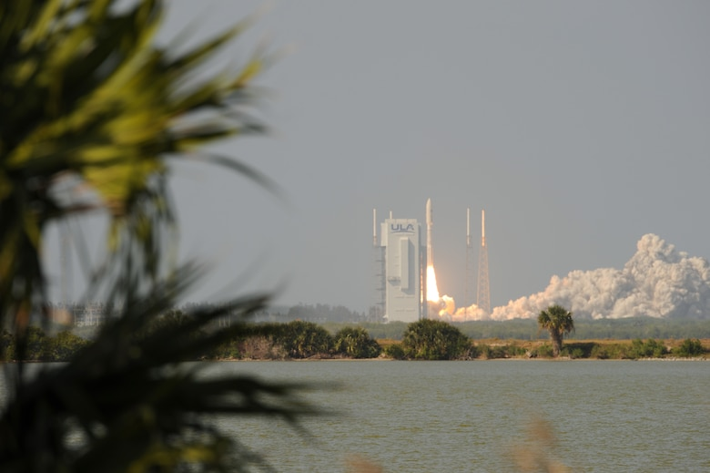 An Atlas V AEHF-6 rocket successfully launches from Space Launch Complex-41 at Cape Canaveral Air Force Station, Fla., March 26, 2020. The launch of the AEHF-6, a sophisticated communications relay satellite, is the first Department of Defense payload launched for the United States Space Force. (U.S. Air Force photo by Senior Airman Dalton Williams)