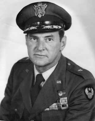 Brig Gen William P. Nuckols official photo