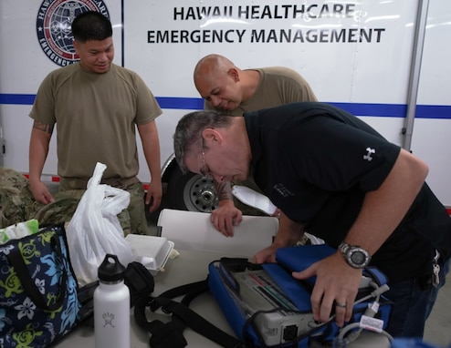 Hawaii National Guard Airmen assist in distribution of key medical supplies during COVID-19 response