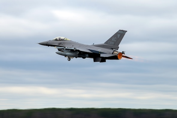 An image of A U.S. Air Force F-16C Fighting Falcon taking off April 1, 2020, at the 177th Fighter Wing, Egg Harbor Township, N.J.