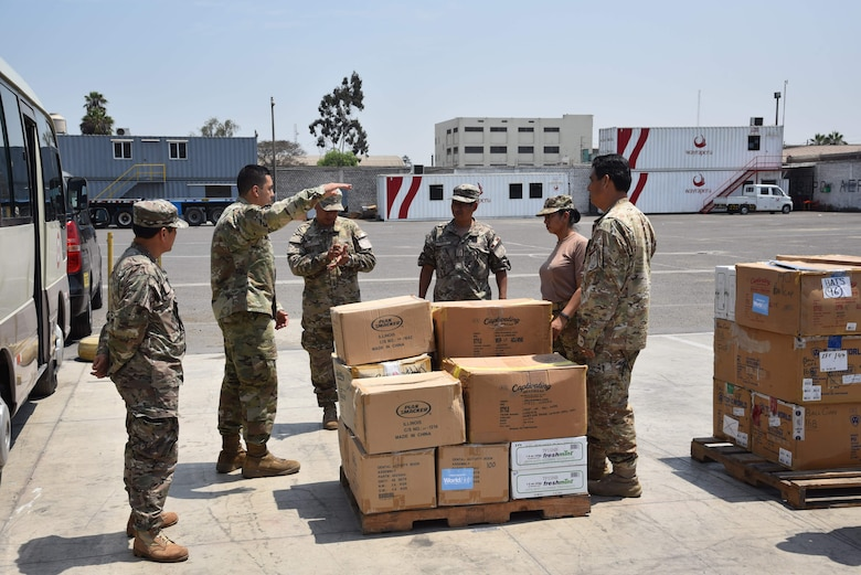 U.S. Air Force Tech. Sgt. Manuel Chacon, 571st Mobility Support Advisory Squadron air advisor, teaches a hands-on class on how to properly load a pallet during a mobile training team mission with the Peruvian Air Force at Callao Air Base in Lima, Perú. The MTT included three weeks of instruction at Callao and covered three general areas: an introduction to aerial logistics and logistical management mindset, hazardous material management, and cargo loading. (courtesy photo)