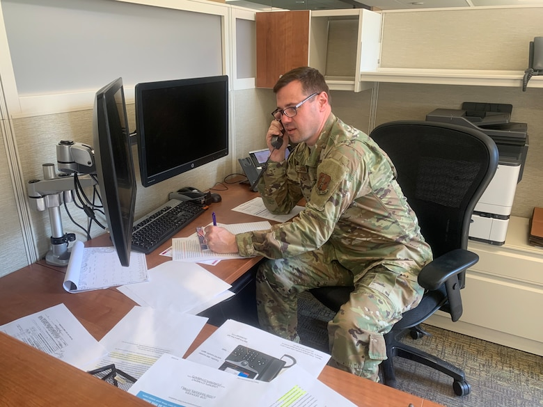 Senior Master Sgt. Robert Fluharty, the 167th Airlift Wing human resource advisor, assists Workforce WV with unemployment claims in Charleston, W.Va., April 4, 2020. West Virginia Gov. Jim Justice directed the West Virginia National Guard to assist after 90,000 workers filed claims in just more than two weeks due to the COVID-19 pandemic.