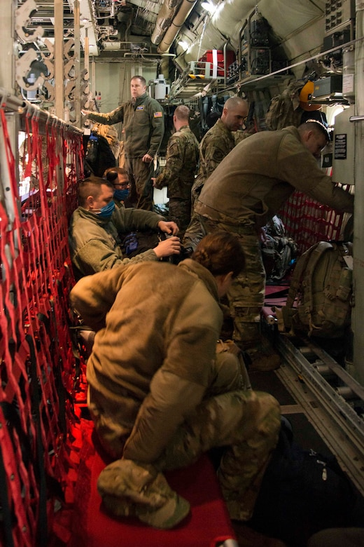 934th Aeromedical Evacuation Squadron Airmen Deploy