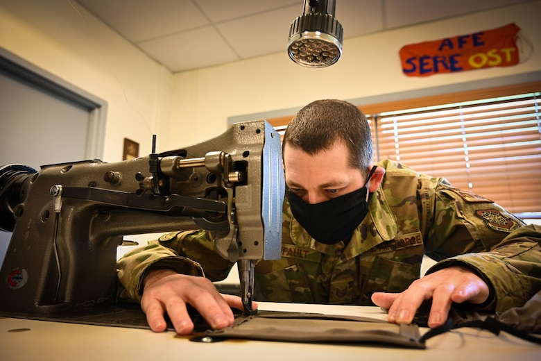 Airman makes masks