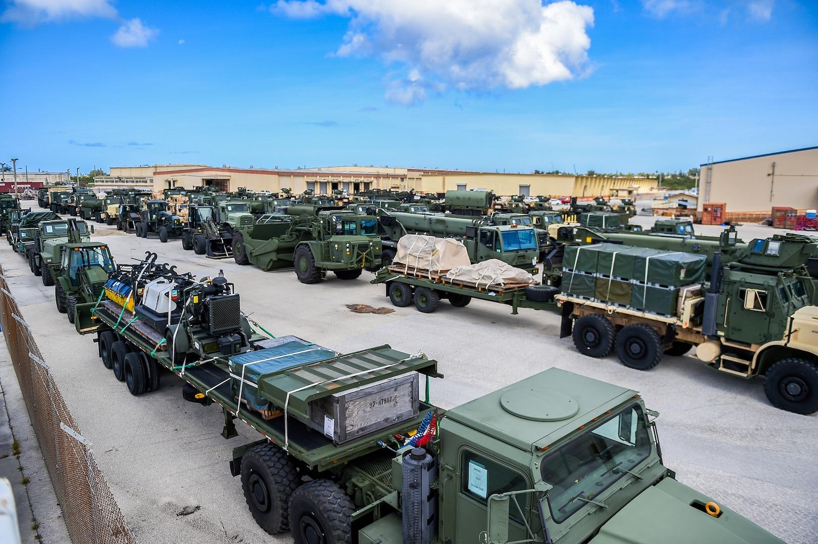 Marines, Sailors Offload Field Hospital from USNS Dahl in Guam