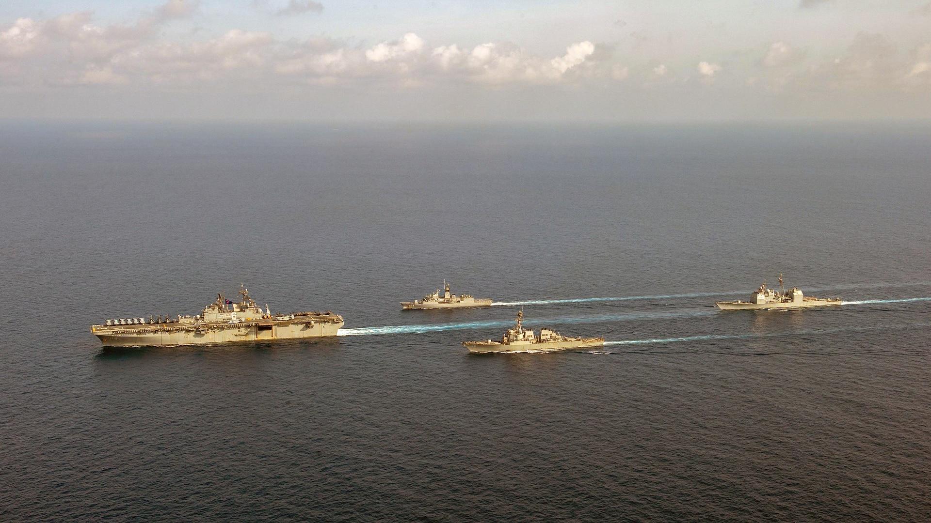 U.S. Navy, Royal Australian Navy Team Up in South China Sea