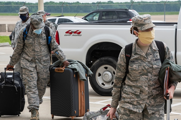 Airmen arrive at Barksdale Air Force Base