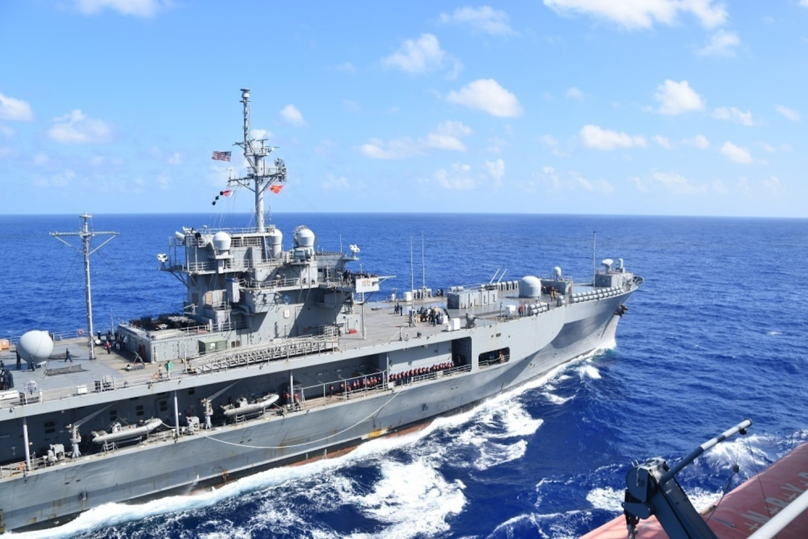 USNS Richard E. Byrd Conducts Replenishment-at-Sea with USS Blue Ridge