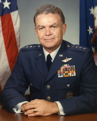 This is the official portrait of Gen. Jerome F. O'Malley.