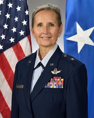 Brig. Gen. Traci Kueker-Murphy official photo