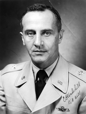 This is the official portrait of Lt. Gen. Edward H. Underhill.