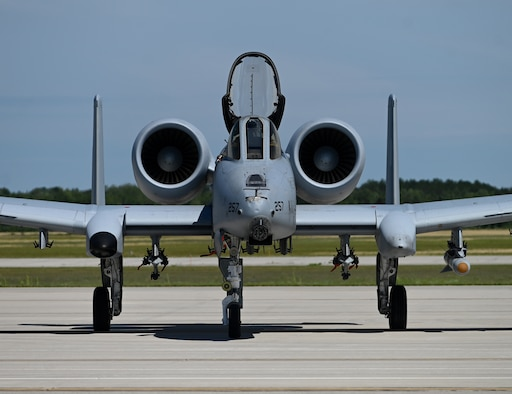 An A-10 Thunderbolt II from the 107th Fighter Squadron, Selfridge Air National Guard Base, Mich., taxis to a hot-pit maintenance area set up by the 174th Maintenance Group Detachment 1 maintenance team during Northern Strike 20 in Alpena, Mich., July 27, 2020. The 174th MXG Det. 1 is a New York Air National Guard unit located in Ft. Drum, New York. The unit has provided maintenance support to Northern Strike since 2012. Northern Strike is the National Guard Bureau's largest joint, multi-component exercise and takes place at the National All-Domain Warfighting Center in Northern Michigan.