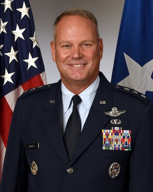 This is the official portrait of Lt. Gen. John T. Thomas.