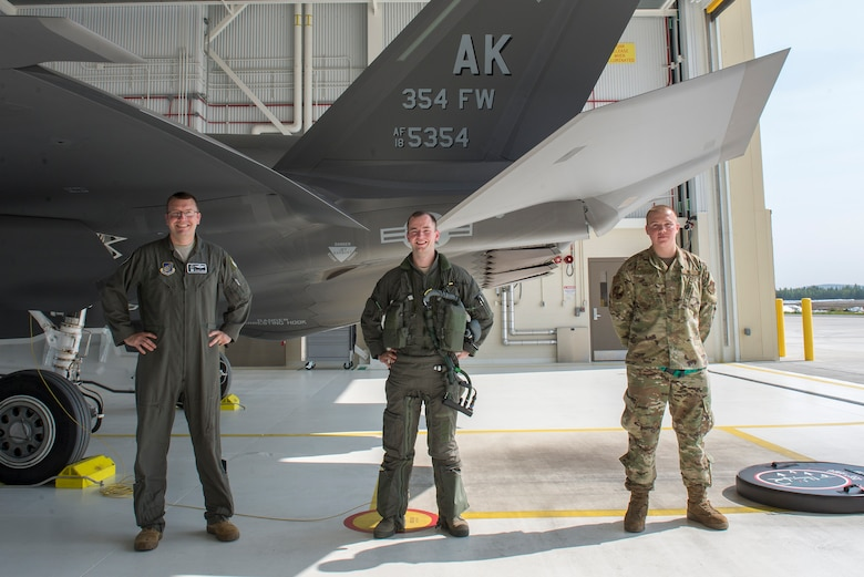 Mullis was chosen to pilot the flagship jet and Turley was chosen to recover it because they were the 354th FW's youngest pilot and crew chief respectively.