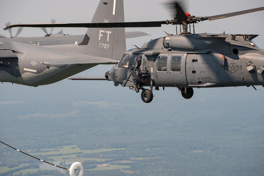 Jolly Green II begins aerial refueling tests