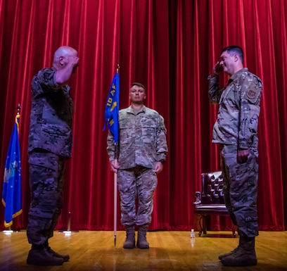 Maj. Gen. Brian Borgen, 10th Air Force commander, presides over a ceremony where Col. Lori Jones relinquishes command of the 960th Cyberspace Wing to Col. Richard Erredge Aug. 9, 2020, at Joint Base San Antonio-Lackland, Texas. (U.S. Air Force photo by Tech. Sgt. Christopher Brzuchalski)