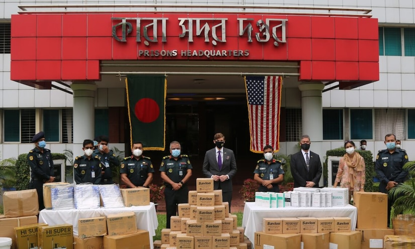 U.S. Embassy Provides Additional Covid-19 Response Equipment to Bangladesh Prison Headquarters