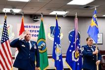 commander salutes a general officer