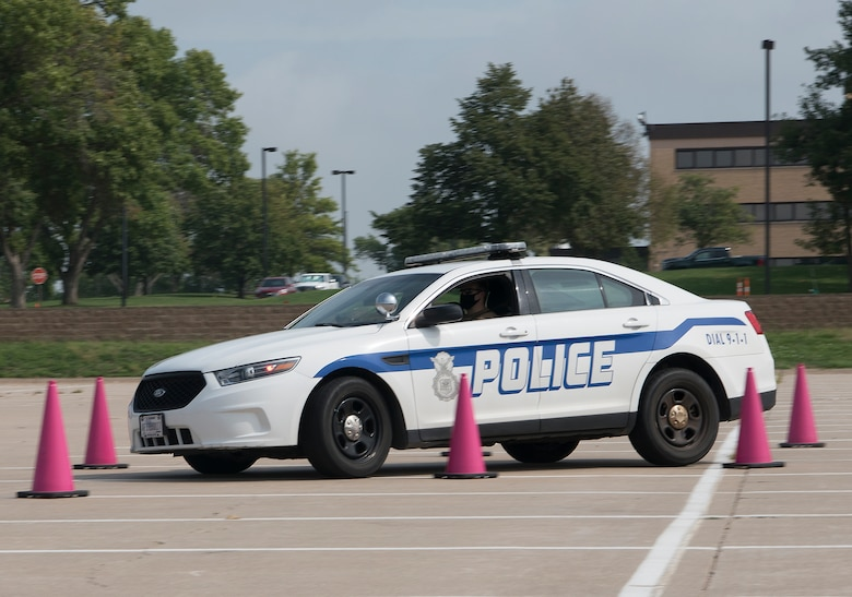 A stand-alone photo of emergency driving training.