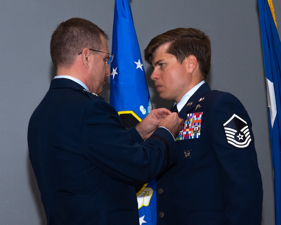Picture of Pope Special Tactics Airman awarded Silver Star Medal