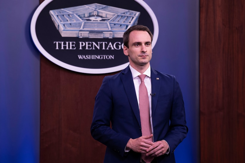 A man stands in the Pentagon briefing room.