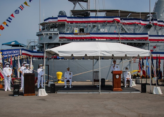 Lt. Cmdr. Shawn R. Callihan, commanding officer of the Mine Countermeasure ship USS Scout (MCM 8), gives remarks during the decommissioning ceremony of Scout. Scout was decommissioned after nearly 30 years of distinguished service.