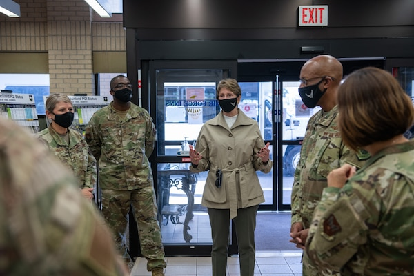 Secretary of the Air Force Barbara M. Barrett (center), addresses military members of the Gateway Villa during a tour Aug. 21, 2020, at Joint Base San Antonio-Lackland, Texas.