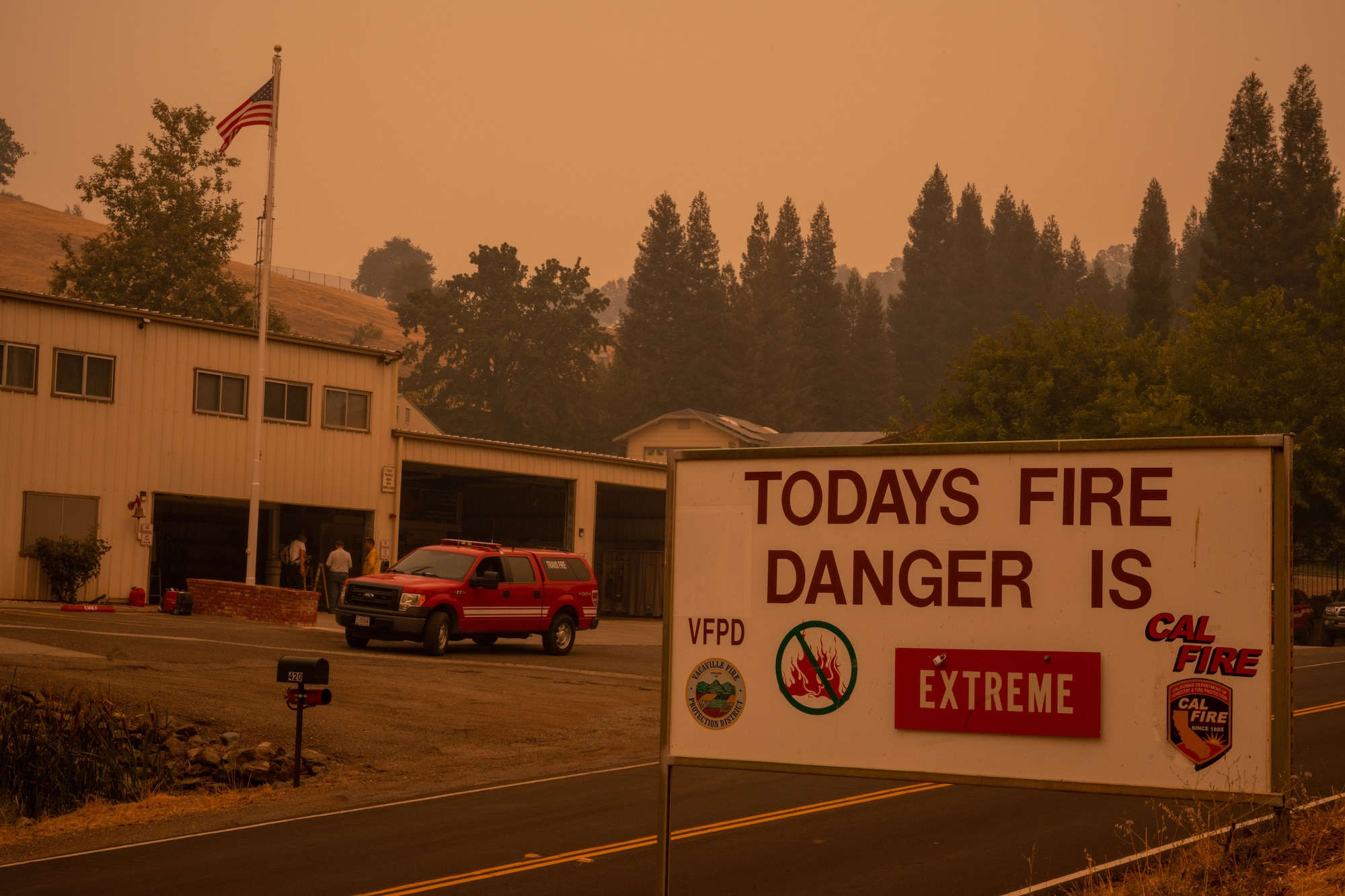 A sign that says today fire danger is extreme.