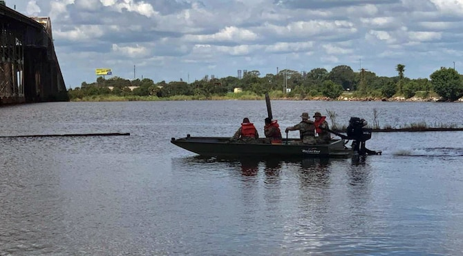 Louisiana National Guardsmen with the 256th Infantry Brigade Combat Team conduct boat training in Lake Charles Aug. 25, 2020, to respond after Hurricane Laura makes landfall in southwest Louisiana. More than 3,000 Louisiana National Guard  Soldiers and Airmen in preparation were activated to respond across the state.