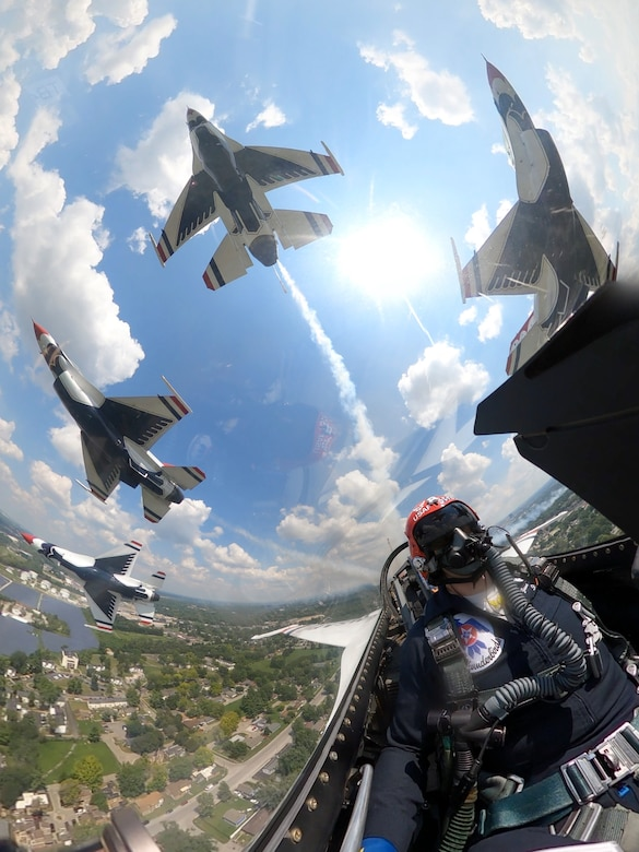 Thunderbirds soar over Indy 500