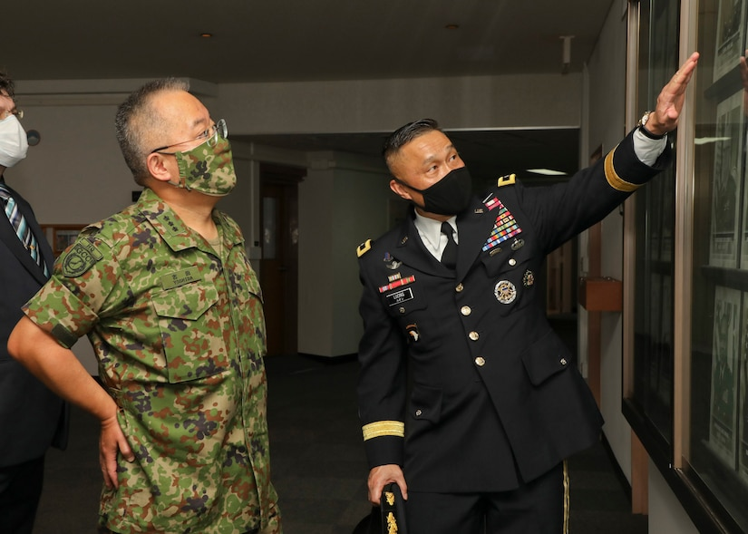 U.S. Army Japan Headquarters, August 20, 2020 in honor of Lt. Gen. Yoshihide Yoshida, Japan Ground Self-Defense Force's Ground Component Command's Commanding General, an Honors Ceremony was rendered by Maj. Gen. Viet. X. Luong, USARJ's Commanding General.