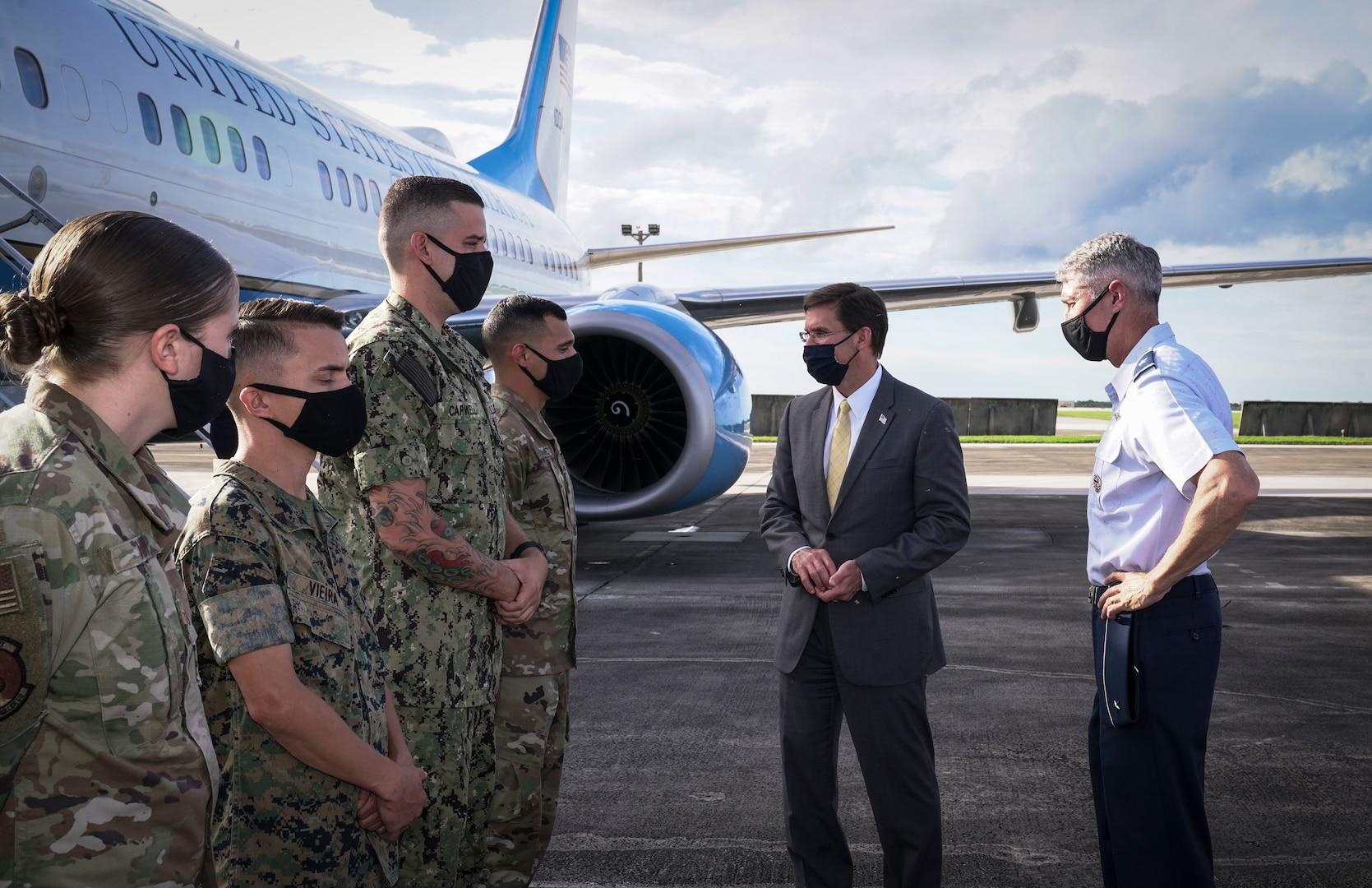 U.S. Secretary of Defense hosts Japanese Defense Minister