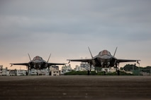 U.S. Marine Corps F-35B Lightning II air craft with Marine Fighter Attack Squadron 121 (VMFA-121), 1st Marine Aircraft Wing, prepare for a hot refuel at Marine Corps Air Station Futenma, Okinawa, Japan, Oct. 7, 2020. The hot pits allow aircraft to rapidly refuel without powering down their engines, increasing operational readiness and reducing the amount of time needed to get the aircraft back into action. (U.S. Marine Corps photo by Cpl. Ethan M. LeBlanc)