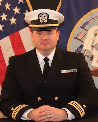 201215-N-N0443-3000 PENSACOLA, Fla. (Dec. 15, 2020) Official photo of Lt. Cmdr. Wilson. (U.S. Navy photo)