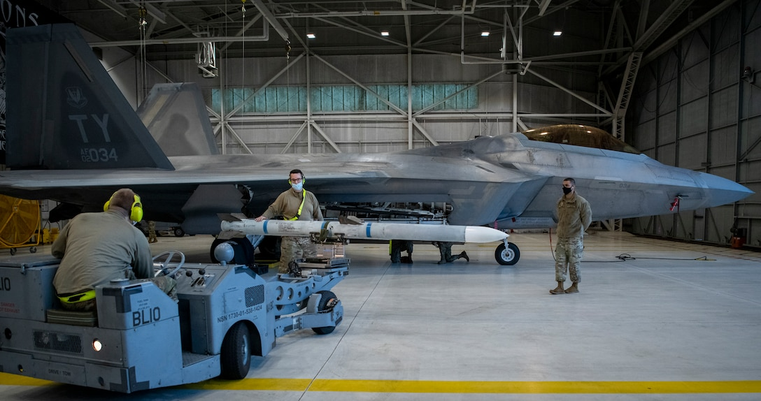 Weapons free:  F-22 loadcrew competition