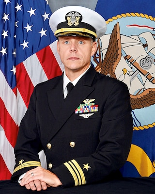 201221-N-N0443-1011 PENSACOLA, Fla. (Dec. 21, 2020) Official photo of Lt. Cmdr. Clint E. Newman. (U.S. Navy photo)