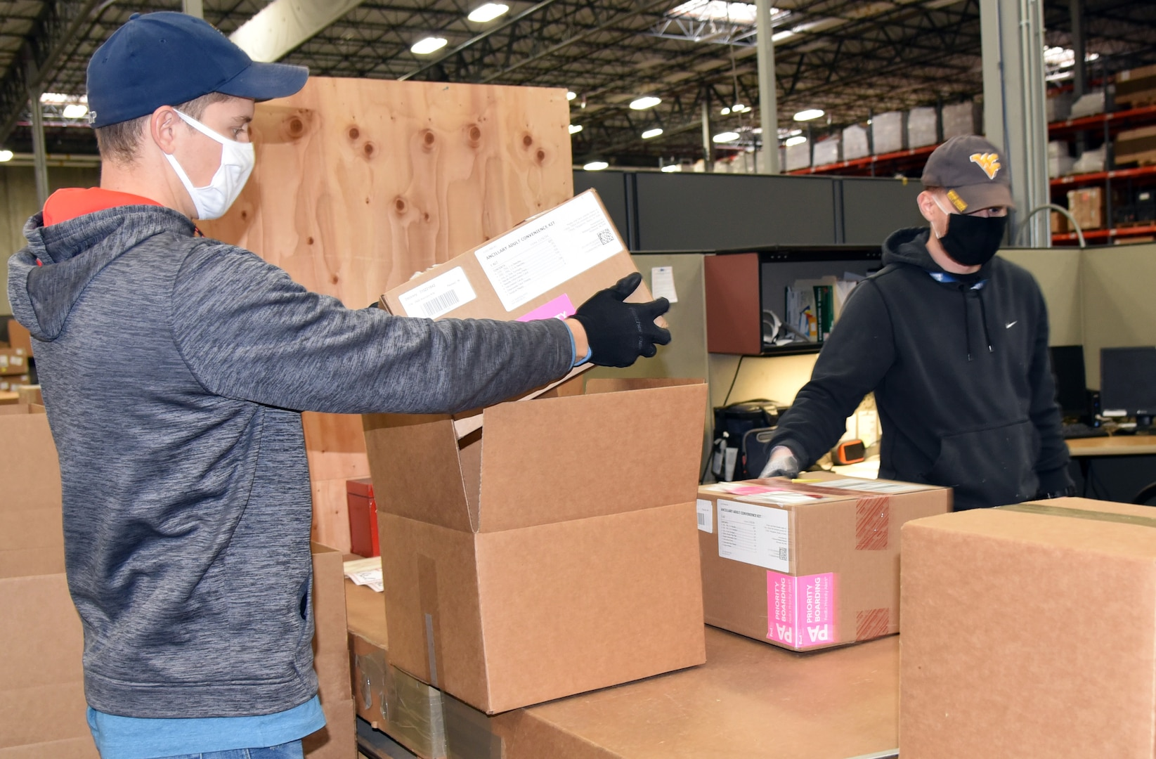 DLA Distribution shipping COVID-19 vaccines to overseas troops