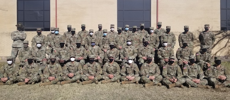 JOINT BASE SAN ANTONIO-LACKLAND, Texas – More than 80 U.S. Army trainees at Fort Sill, Oklahoma, are completing English Language Training (ELT) without interruption thanks to a partnership between the Defense Language English Language Center and the Army post.