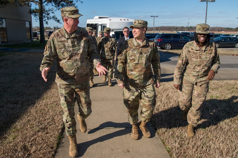 U.S. Air Force Lt. Gen. Gene Kirkland, Air Force Sustainment Center commander, chats with Airmen from Joint Base Langley-Eustis, Virginia, during his visit to the 735th Supply Chain Operations Group at JBLE, Jan. 28, 2020. While on location, Kirkland was able to speak with multiple Airmen regarding the day-to-day operations of the 735 SCOG. (U.S. Air Force photo by Senior Airman Tristan Biese)