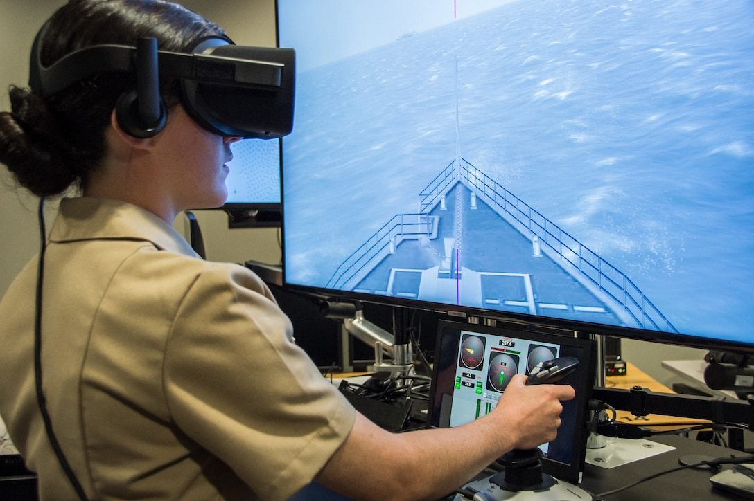 Students of Officer Candidate School class 01-20 are first to test new Conning Officer Virtual Environment cart system at Officer Training Command in Newport, Rhode Island, September 18, 2019 (U.S. Navy/Darwin Lam)