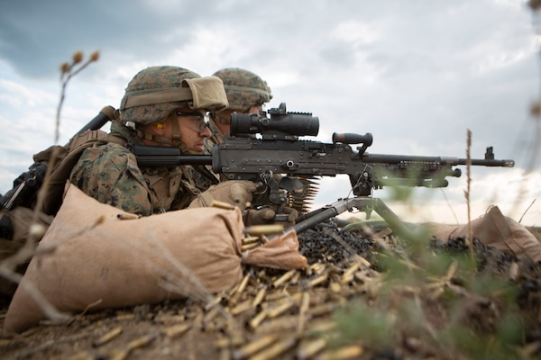 Marine with Marine Rotational Force–Europe 19.2, Marine Forces Europe and Africa, fires M240B machine gun during exercise Sea Breeze 2019, in Chabanka, Ukraine, July 11, 2019 (U.S. Marine Corps/Williams Quinteros)
