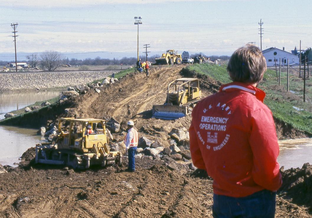 Marysville Levee Repair 1986