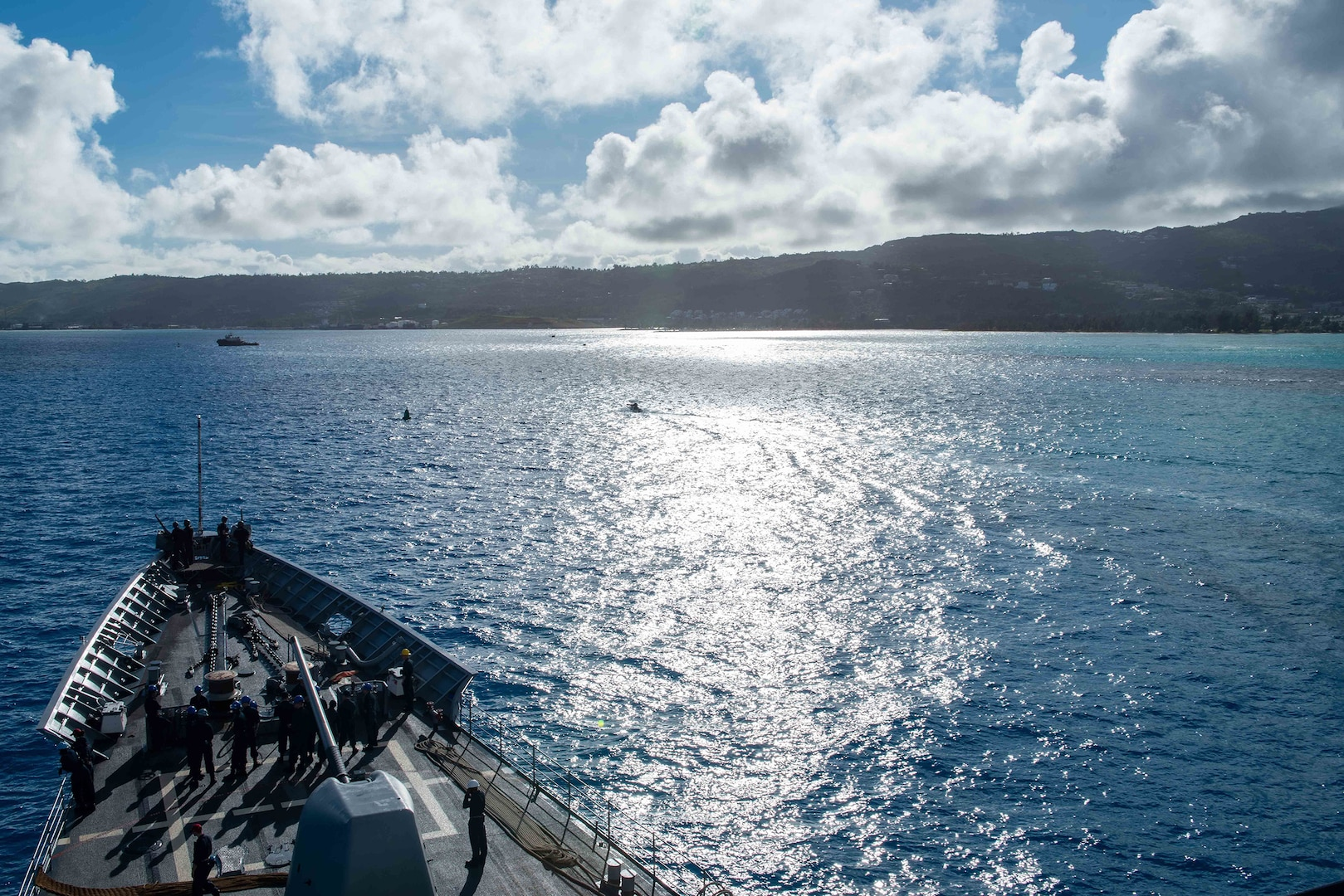 USS Bunker Hill visits Saipan on Indo-Pacific deployment