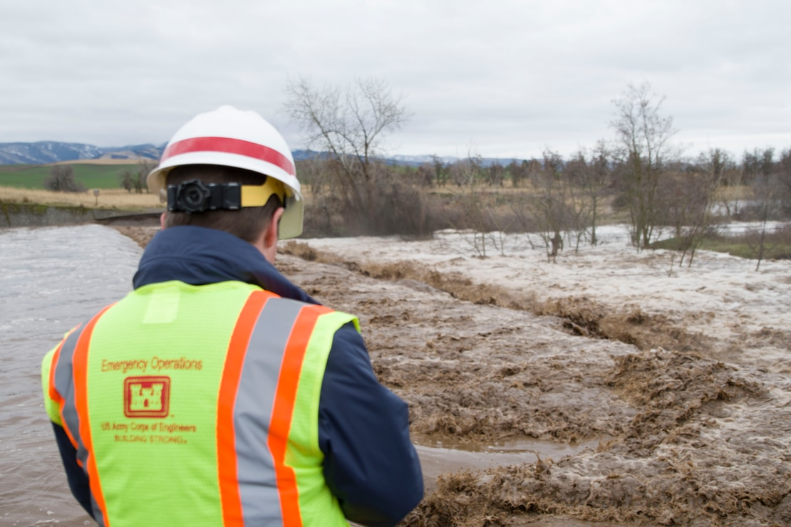 Alex Hammond, Dam and Levee Safety Manager for the Walla Walla Corps of Engineers, overlooks the Mill Creek Channel.