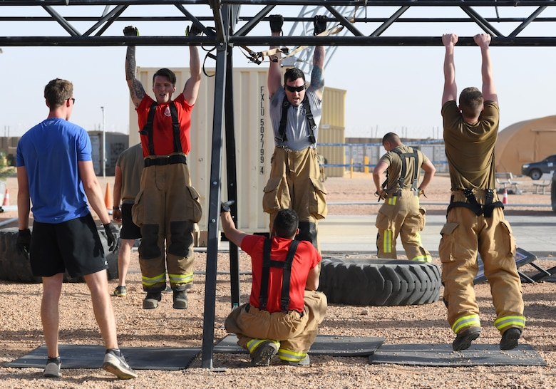 Photo of Airmen working out.
