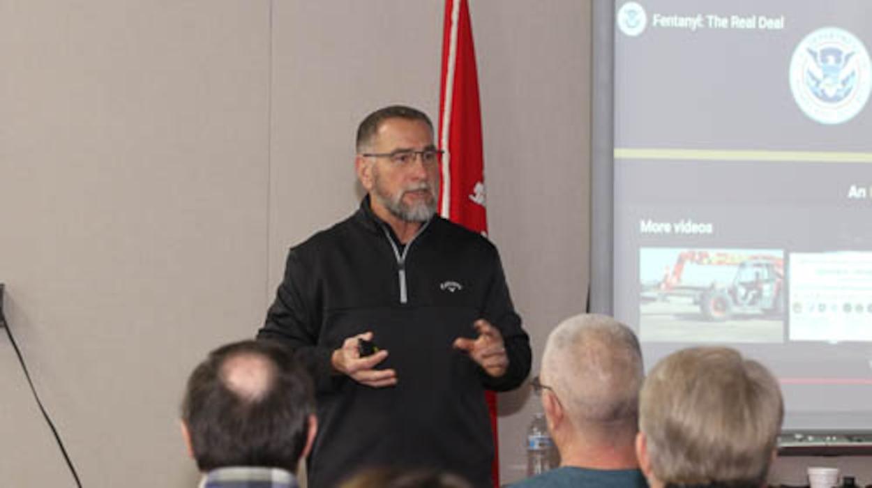 Law enforcement veteran presents training.