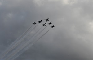 """The U.S. Air Force Air Demonstration Squadron, """"Thunderbirds,""""  perform the flyover at the 2020 Daytona 500."""