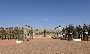 Photo of Niger Armed Forces personnel graduating from a small unit tactics and operations course.